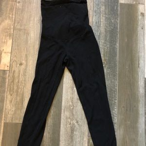 A pea in the pod black maternity pants